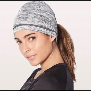 Lululemon Run It Out Toque